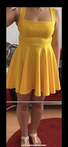 Boohoo Sukienka plażowa żółty