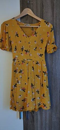 Clockhouse T-shirt jurk geel