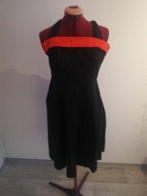 Find Dress Off-The-Shoulder Dress black-red