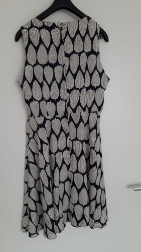 Apricot Midi Dress black-white