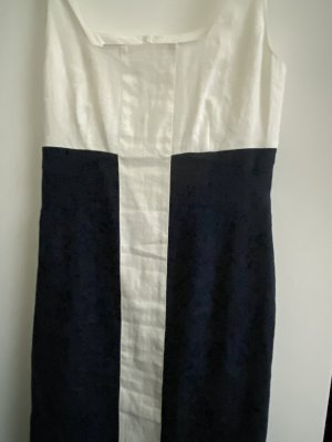 Sommerkleid aus Leinen - Marinelook