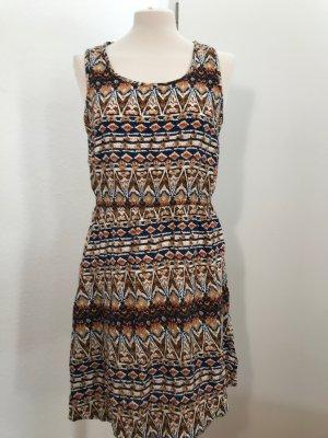 Sommerkleid aus Viskose (Muster angelehnt an die Native Americans)