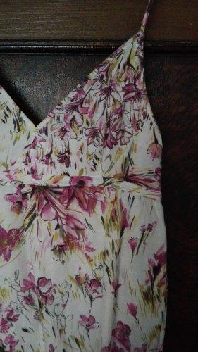 Sommerkleid Blütenmotiv