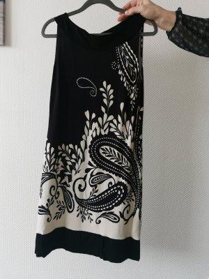 s.Oliver Sukienka tunika biały-czarny