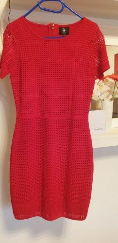 4F Robe à manches courtes rouge