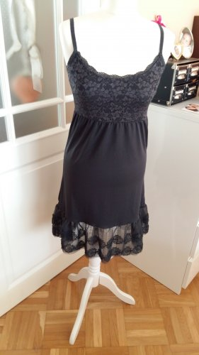 Sommerkleid in antrat mit Spitze