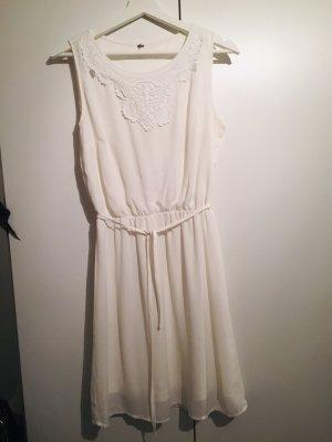 Sommerkleid in Creme