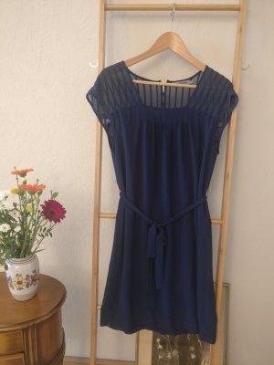 Sommerkleid in Dunkelblau