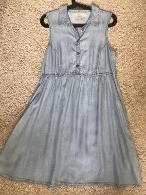 Sommerkleid in Jeansoptik mit Taschen
