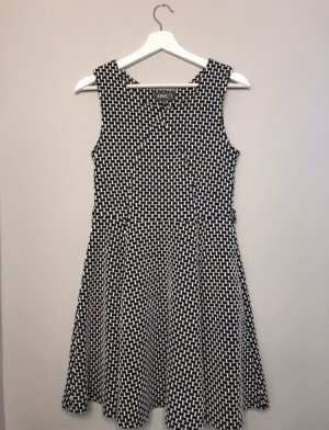Apricot A Line Dress black-white