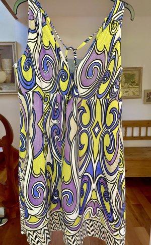 Sommerkleid in wunderschönen Farben