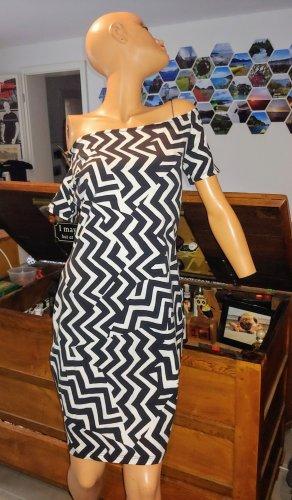 Sommerkleid / Kleid mit U-Boot Ausschnitt / Kleid mit Carmen Ausschnitt  / Schwarzweißes Kleid / kurzes Kleid / leichtes Kleid / Shirtkleid / H&M