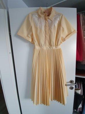 Sommerkleid Maje in einem zartem gelb T4/42
