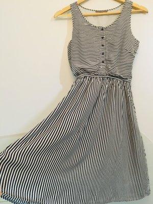 Sommerkleid mint&berry XS/34 100% Baumwolle