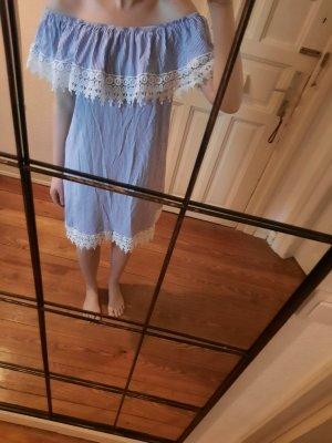 Sommerkleid mit Carmenkragen