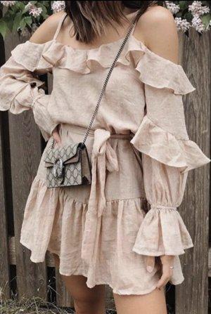 Saints + Secrets Vestido cut out rosa empolvado-rosa
