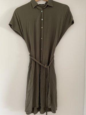 Sommerkleid mit Kragen von MANGO, XS