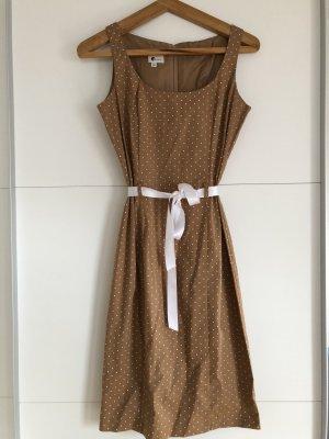 Sommerkleid mit Polka Dots