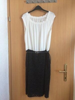Sommerkleid mit Spitzenrock