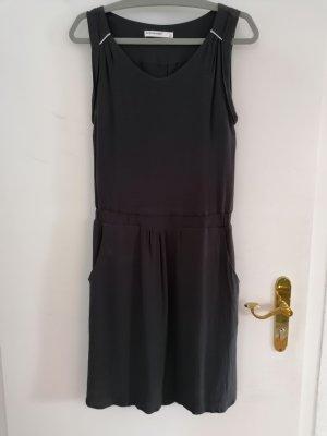 Sommerkleid mit Verzierungen