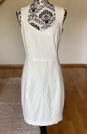 Sommerkleid / NEU mit Etikett /