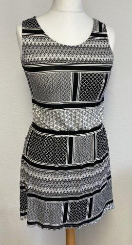 Sommerkleid Page (Takko) Gr. S / XS schwarz-weiß-gemustert