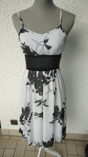 Sommerkleid schwarz-weis