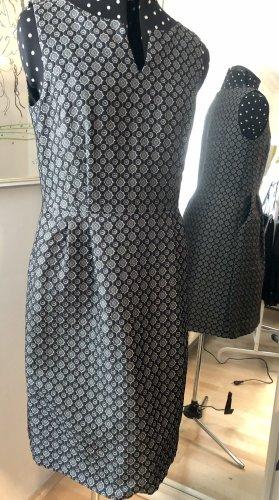 Sommerkleid schwarz-weiß