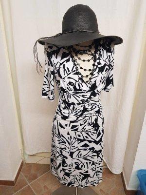Sommerkleid schwarz-weiß in Größe 40