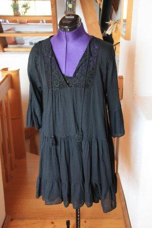 Sukienka z falbanami czarny Bawełna