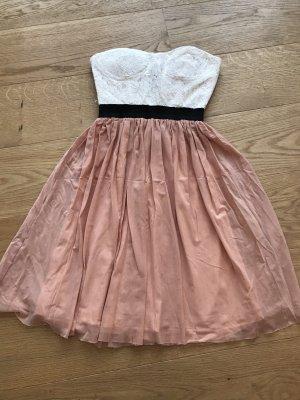 Danity Sukienka z dekoltem typu bandeau biały-brzoskwiniowy