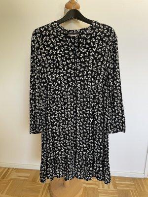Mango Summer Dress black-white