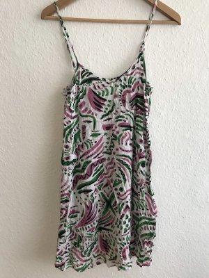 Sommerkleid von Monki in weiß/grün/rosa/schwarz