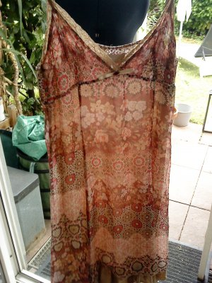 Sommerkleidchen aus Seide romantisch Größe M  Imperial (Italy)