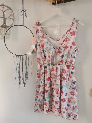 Sommerkleidchen, cutout.
