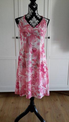 Sommerlich leichtes geblümtes Kleidchen Gr. 36/38 von More & More
