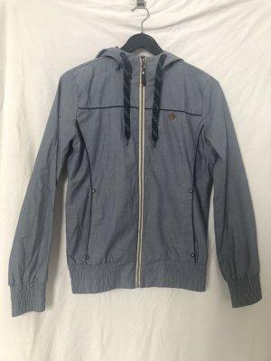 Sommerliche Jacke von Eight2Nine