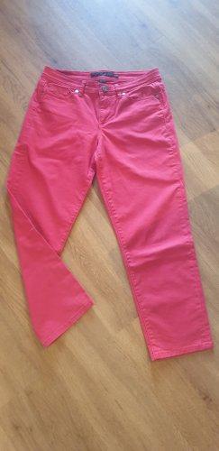 Sommerliche rote Hose von Calvin Klein