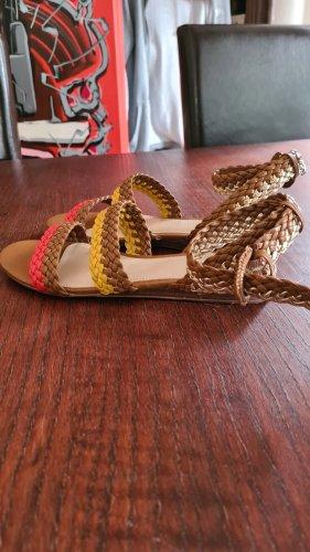 sommerliche Sandalen von Aldo