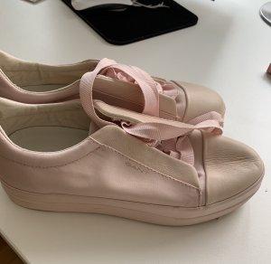 Sommerliche Sneaker von Gant