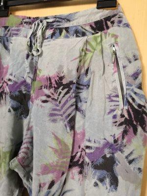 Sommerliche Stoffhose mit Muster, Promod