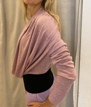 Sommerlicher Pullover-Cardigan
