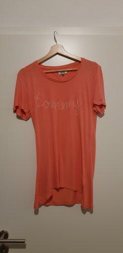 sommerliches Hilfiger T-shirt