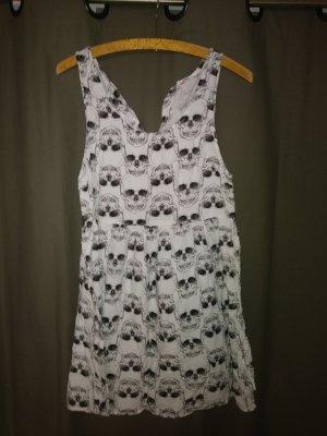 Sommerliches Kleid mit Totenköpfe