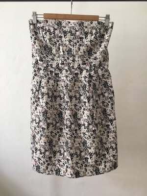 Sommerliches Kleid | Vila | Blumen | trägerlos