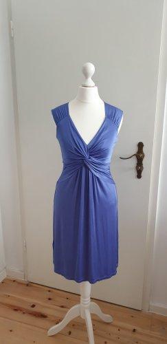 Sommerliches Kleid von BCBG Max Azria