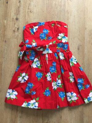 Sommerliches Kleid von Hollister