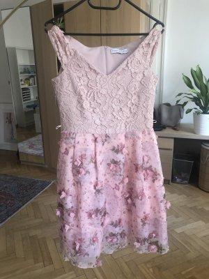 IL RINASCIMENTO Vestido babydoll rosa-blanco