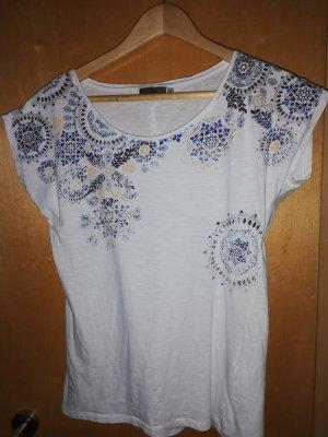 sommerliches T-Shirt mit floralem Aufdruck