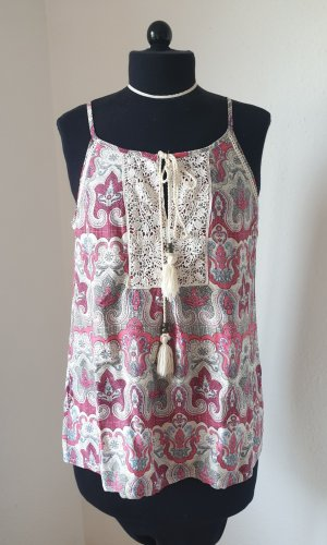 Sommerliches Top mit Paisley-Muster